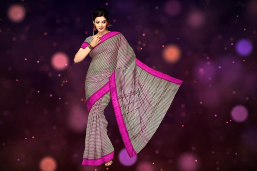 grey saree with pink border